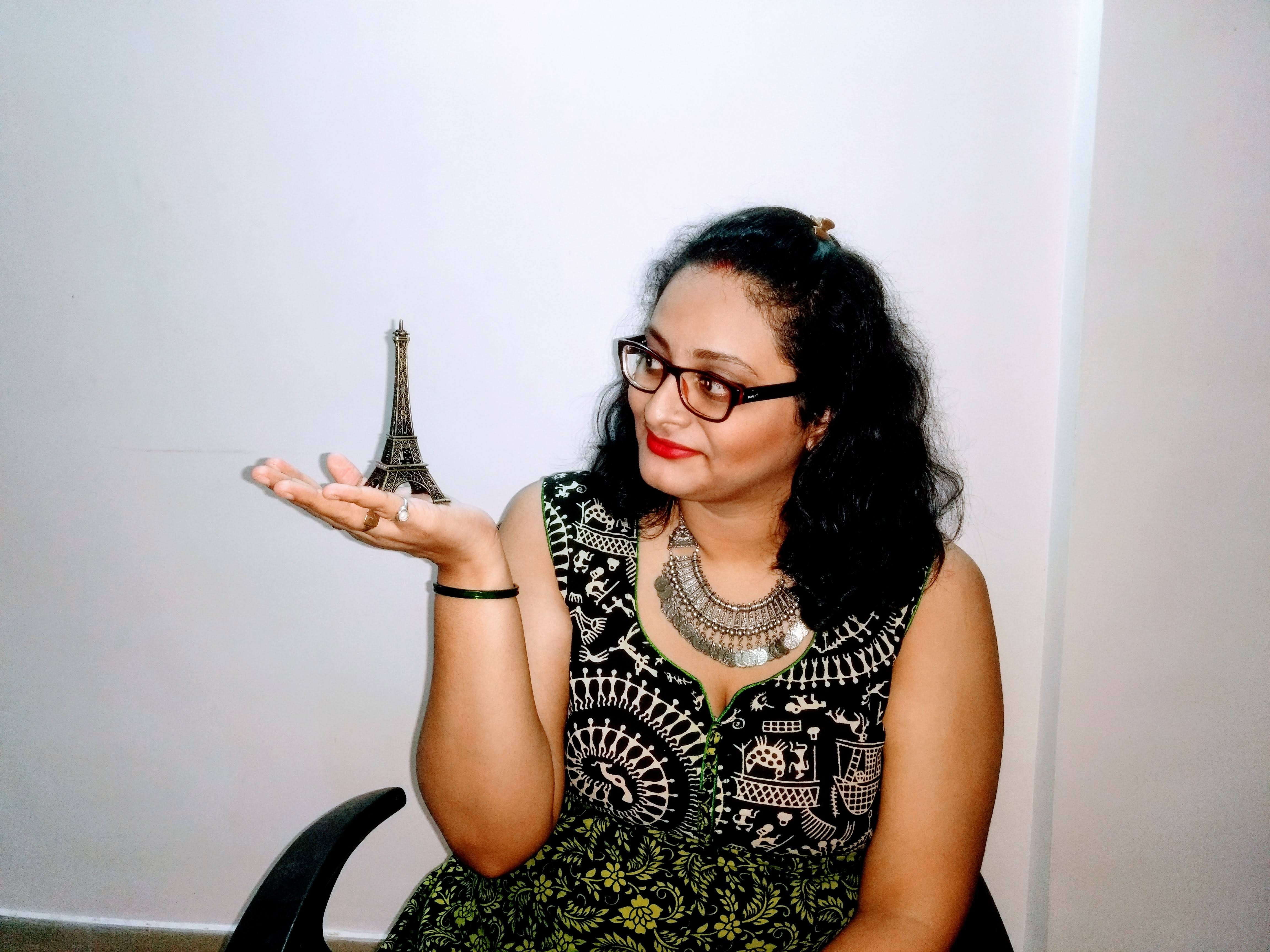 Dating blogger India